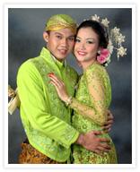 Rias pengantin Bali Rias pengantin Eropa Rias pengantin Jawa/Modern